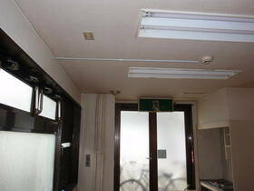 グレースヒルズ 301号室のエントランス
