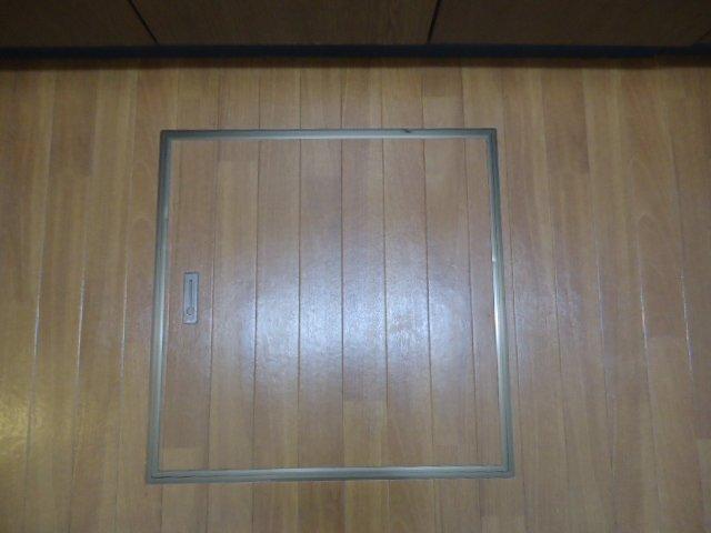 コンフィード 00103号室のバルコニー