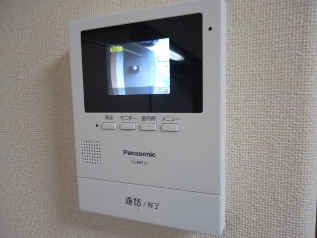 コンフィード 00103号室の玄関