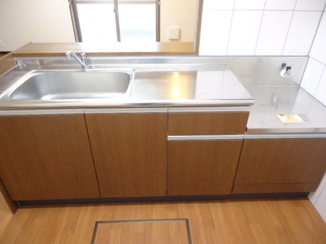 コンフィード 00103号室のキッチン