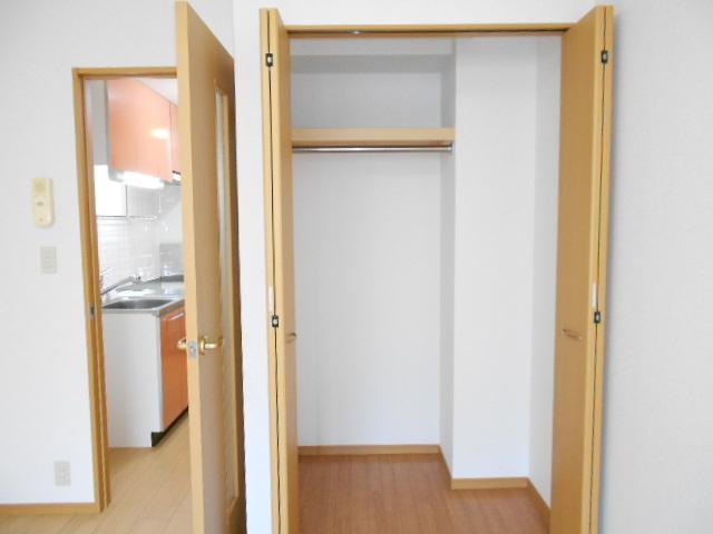 ノーブルコート万寿寺 04010号室のバルコニー