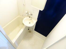 ウエストハイム神明(しんめい) 106号室の風呂