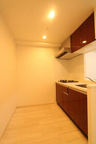 プレジオ新大阪ROUGE 805号室のキッチン