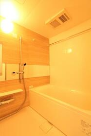 プレジオ新大阪ROUGE 805号室の風呂