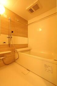 プレジオ新大阪ROUGE 806号室の風呂