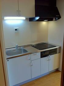 畠山マンション 101号室のキッチン