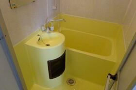 ジュネパレス八千代第24 201号室の風呂