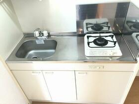 ハーミットクラブハウス大船Ⅱ 103号室のキッチン