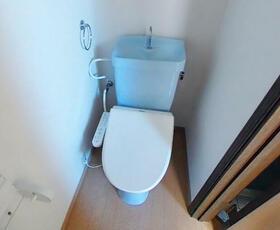 メゾンタナカ 301号室のトイレ