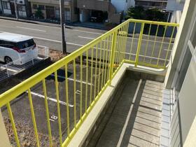 松風マンション 205号室のリビング