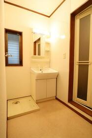 ビエント橋本 101号室の洗面所