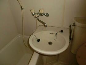 トーヨーマリンハイム 603号室の洗面所