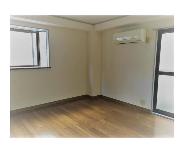 中和泉グリーンハイツ 203号室のリビング