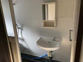 ビレッジハウス向山5号棟 0306号室の洗面所