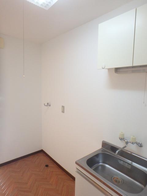 アルファ日乃出 102号室のキッチン