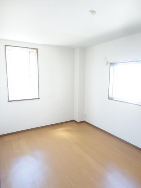 キャッスル 02010号室の居室