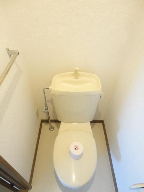 キャッスル 02010号室のトイレ