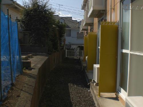 レオパレスアーク 101号室のバルコニー