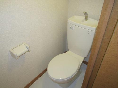 レオパレスベッラハピア 102号室のトイレ