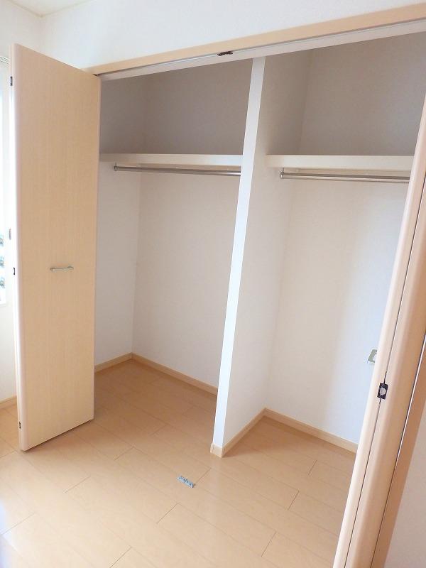 ファインブルク・K 02030号室の収納