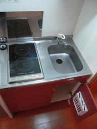 レオパレスドミール堀 201号室のキッチン