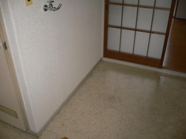 ホワイトパレス 102号室のその他共有