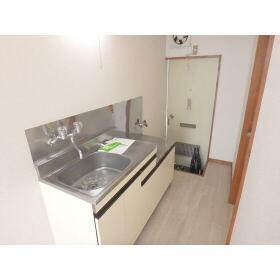 ティモス百合ヶ丘B 105号室のキッチン