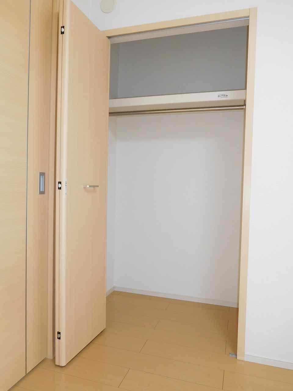 ヴィラ上重原 02010号室の収納