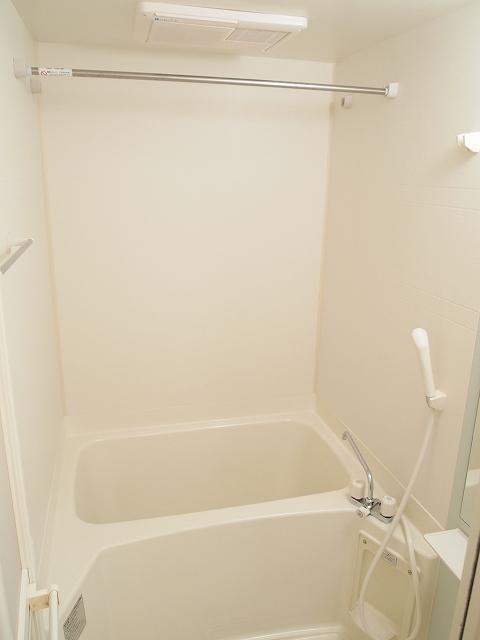 エクセルグリーンⅢ 01010号室の風呂