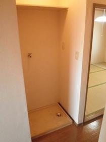 リバージュ A 102号室の洗面所