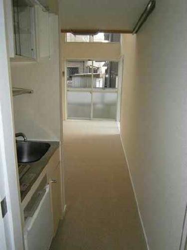 レオパレスアイシー 104号室のキッチン