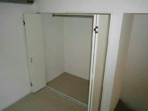 レオパレスアイシー 104号室の収納