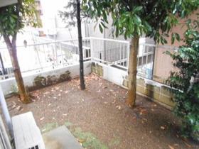 ジュネパレス八千代第28 0102号室の庭