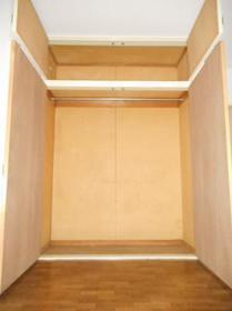 ジュネパレス八千代第28 0102号室の収納