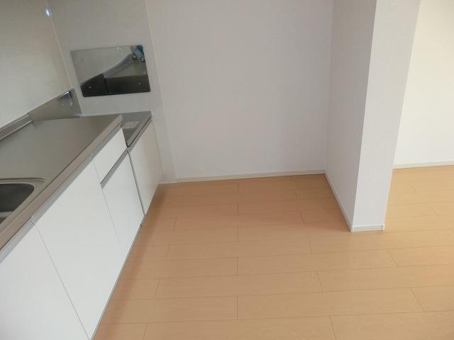 シャンゼリゼ B 02010号室のキッチン