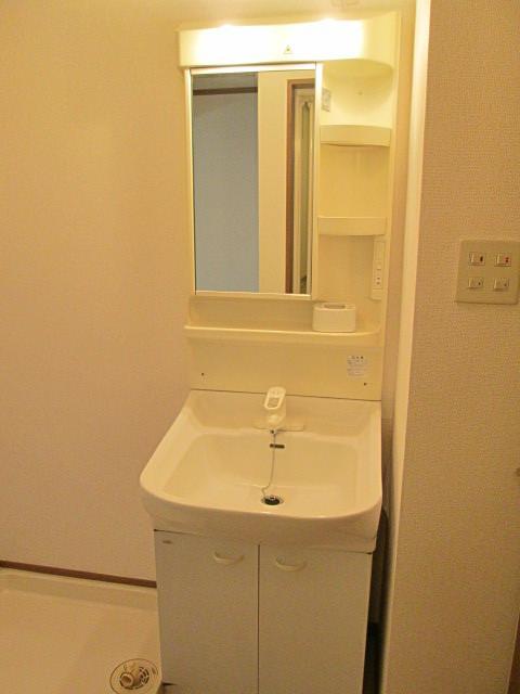 チェリーブロッサム 01010号室のトイレ