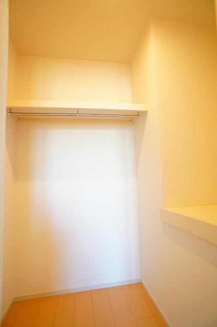 ブランカA 02010号室の収納