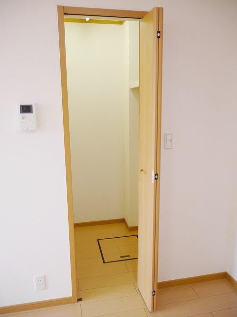 ドリームK 01010号室の収納