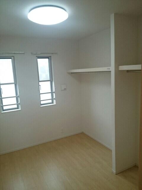 エルドラード高丘 02010号室の洗面所
