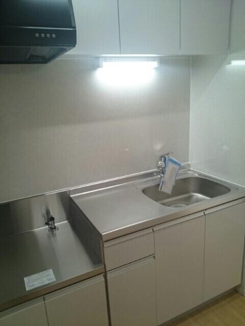 エルドラード高丘 02010号室の居室