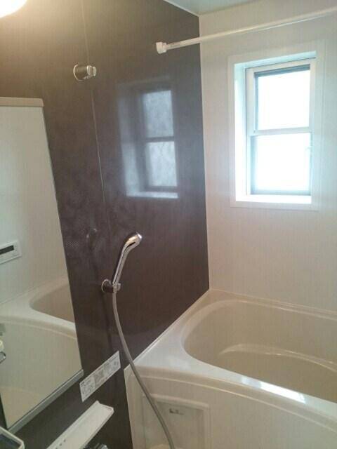 エルドラード高丘 02010号室の駐車場
