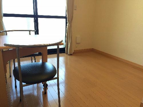 レオパレス輝 104号室のリビング