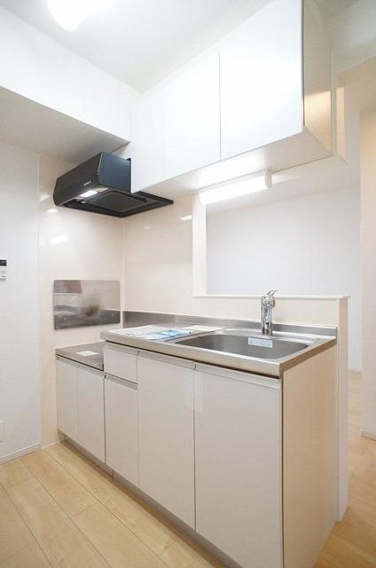 ミーティアC 02020号室のキッチン