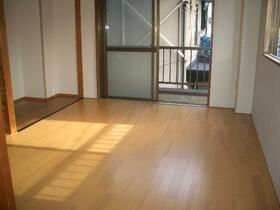 第1豊田コーポ 203号室のリビング