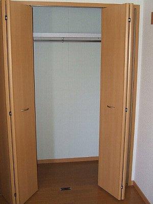 コワンシック 01010号室の収納