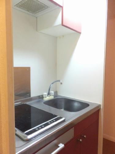 レオパレスたちばな 102号室のキッチン