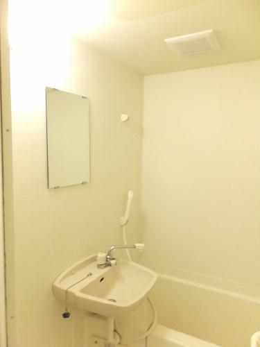 レオパレスたちばな 102号室の風呂
