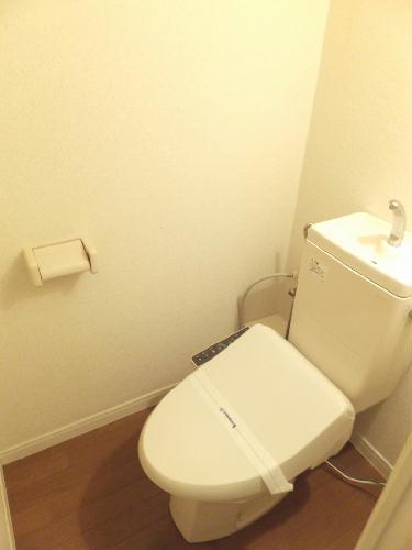 レオパレスたちばな 102号室のトイレ