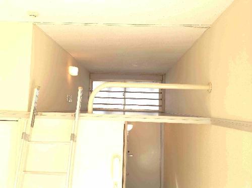 レオパレス山手 302号室の収納