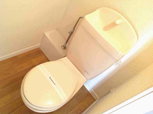 レオパレス山手 302号室のトイレ